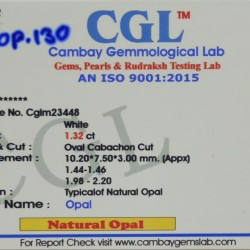 1.32-Carat Beautiful and Natural Opal Oval-Shaped