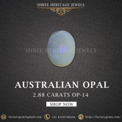 2.88-Carat Beautiful and Natural Opal Oval-Shaped